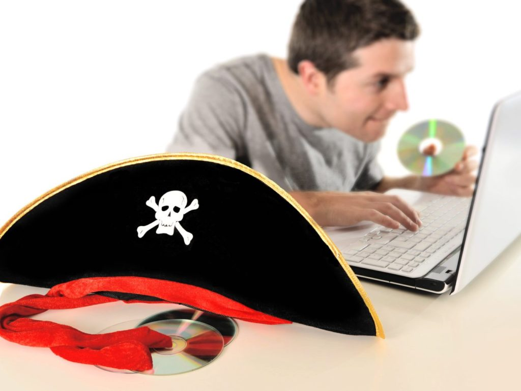 internet piracy essay thesis